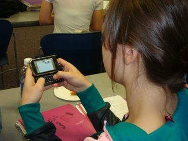 Using cellphones in class